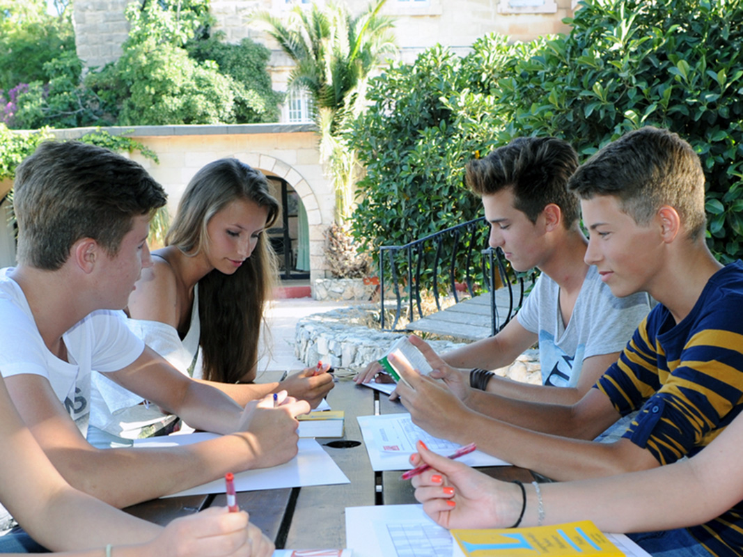sprachcaffe-camp-malta-saint-julians-7